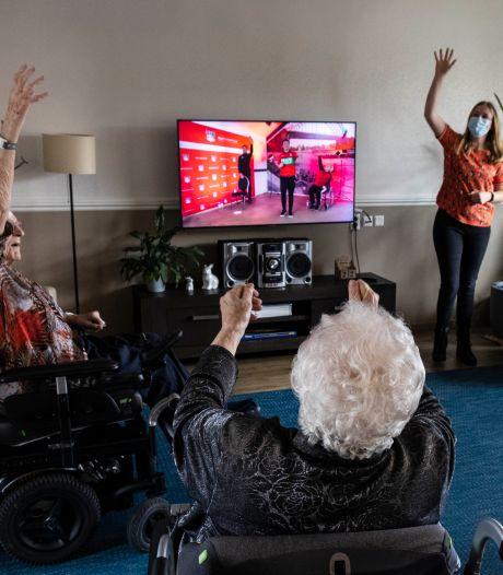 De Nijmeegse versie van Nederland in Beweging: handen in de lucht, voeten omhoog