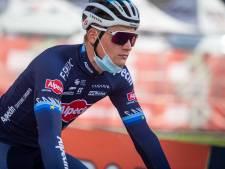 Zevende plek en pijnlijke rug voor Van der Poel op mountainbike: 'Zeer belastende sport'
