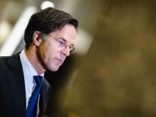 Verkiezingsposters van Mark Rutte in De Lier 'versierd' met Hitlersnor