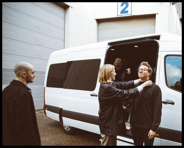Vlnr: Sander Hermans, Fenne Kuppens & Sander Pelsmaekers. Achtergrond: Kobe Lijnen Beeld Michelle Geerardyn