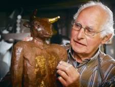 Kunstenaar Cor van den Eijnde combineerde kunst en hulpverlening