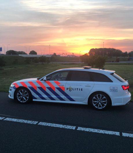 'Spookauto' bij Hattem van de snelweg gehaald