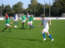 Spektakelstuk in Zutphen, AZC pakt ver in blessuretijd een punt