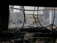Antwerpse brandweer herdenkt twee collega's die jaar geleden omkwamen bij zware brand in Beringen