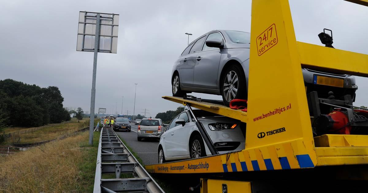 Forse file op A73 bij Cuijk door ongeval.