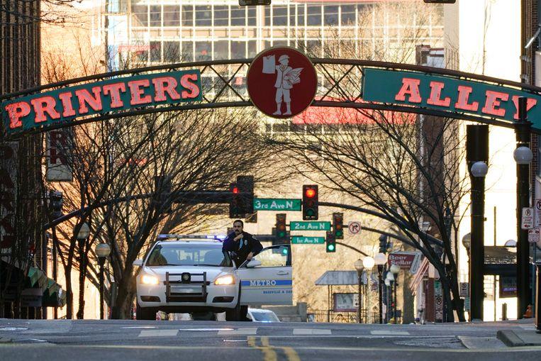 Politie blokkeert een straat in Nashville voor onderzoek. Beeld AP