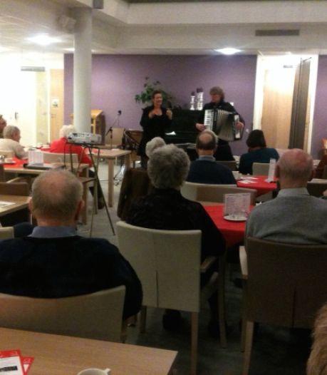 Vrijwilligster Alzheimercafé Berkelland: 'Onze bezoekers missen het contact met lotgenoten'