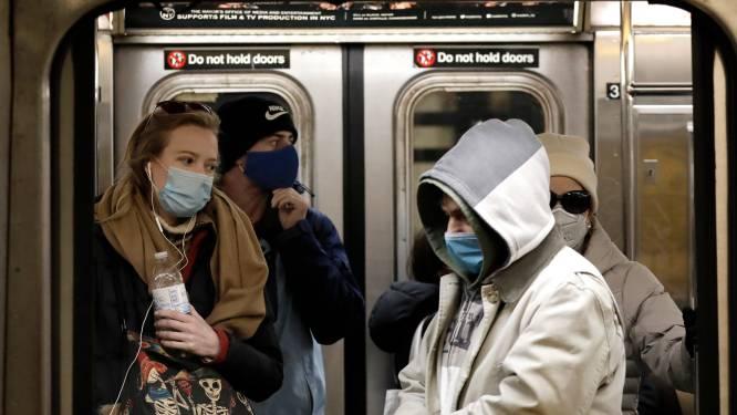 """Gezondheidsdiensten VS: """"Gevaccineerde personen mogen binnen afspreken zonder mondmaskers"""""""