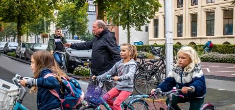 Fanatieke anti-abortusdemonstranten niet welkom op stoep voor school en kinderopvang aan de Biltstraat