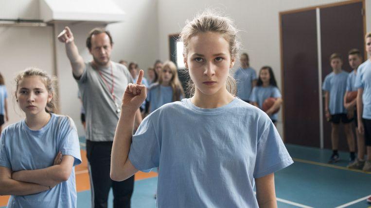 Dana Goldberg en Aiko Beemsterboer in 'Vechtmeisje' van Johan Timmers Beeld