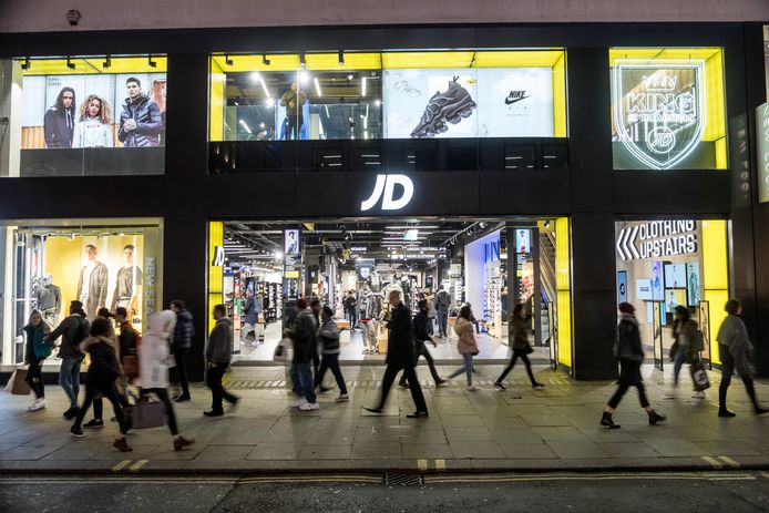 Oxford Street in Londen is de op één na drukste winkelstraat in Europa.
