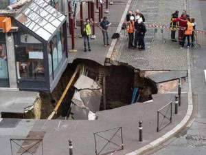 Un énorme trou apparaît subitement à Amiens