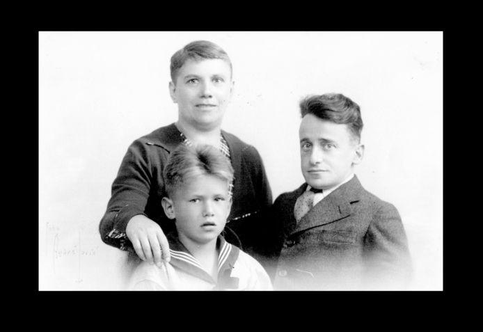 Het gezin van Alexander Katan in de jaren 30.