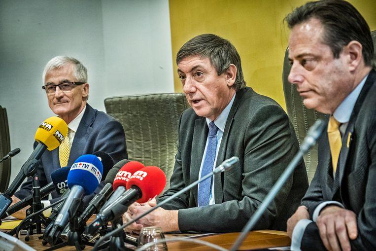 Geert Bourgeois, Jan Jambon en Bart De Wever . Beeld Tim Dirven