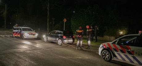 Politiehelikopter jaagt op inbrekers in Velp