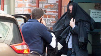 Zoontje (11) ziet hoe vader met kruisboog op oma schiet en haar met een mes in de keel snijdt: dader riskeert 10 jaar cel