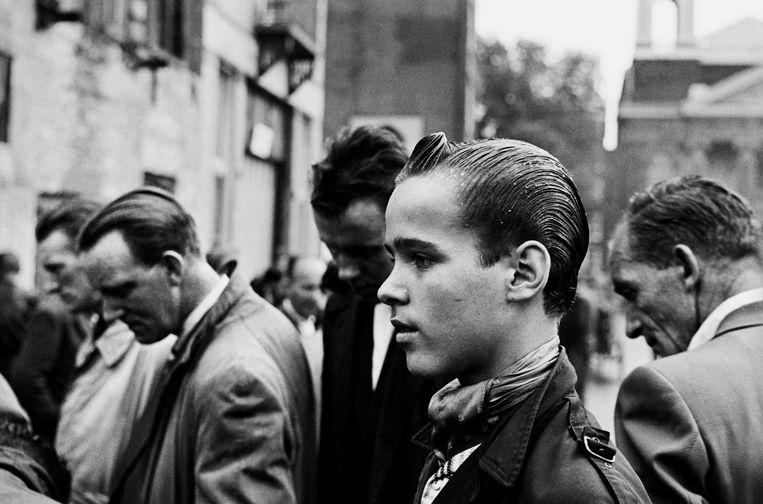 Waterlooplein, 1961 Beeld Ed van der Elsken