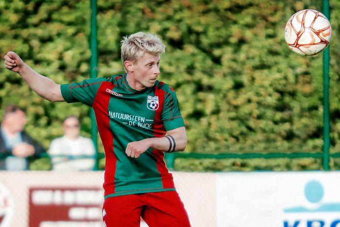 Joey Van Holderbeke ontpopte zich met twee doelpunten tot 'game changer' in het duel tegen Dendermonde.