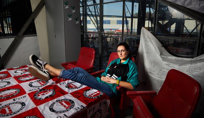 Nicole Bonte was ooit een fanatieke linksback in het damesteam van FC Boszoom, de club van de harde kern van Feyenoord.