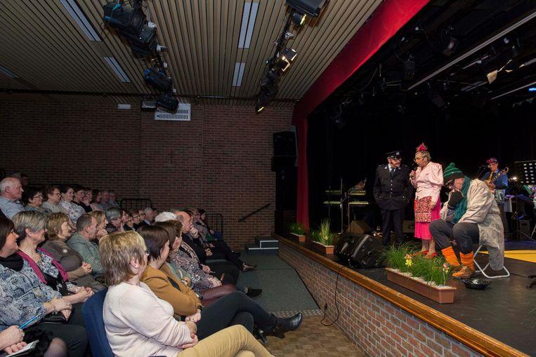 In het cultuurcentrum vinden nog de hele maand voorstellingen plaats.