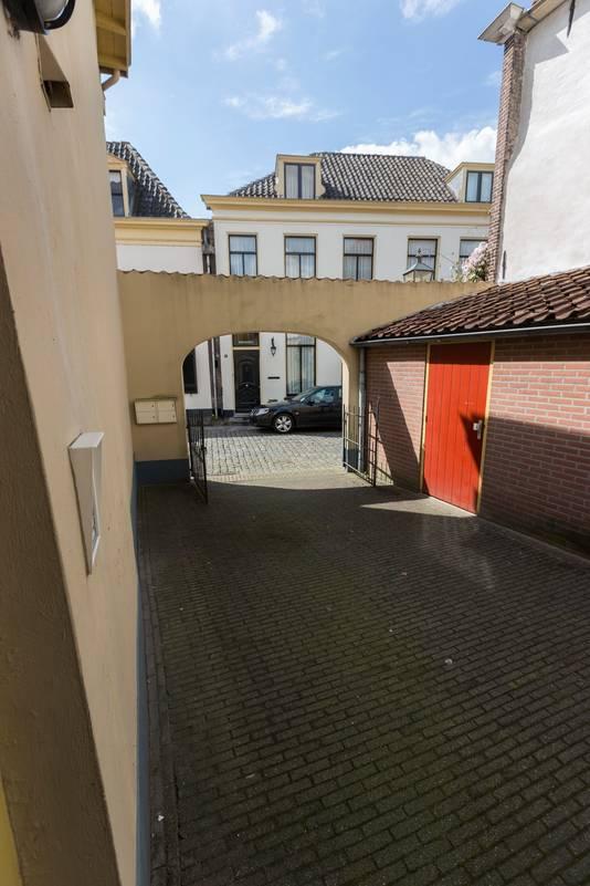 De binnenplaats in Doesburg waar Zwarte Kees omkwam. Archieffoto: Bart Harmsen