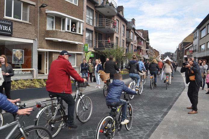 De Stationsstraat werd in 2017 fietsstraat.