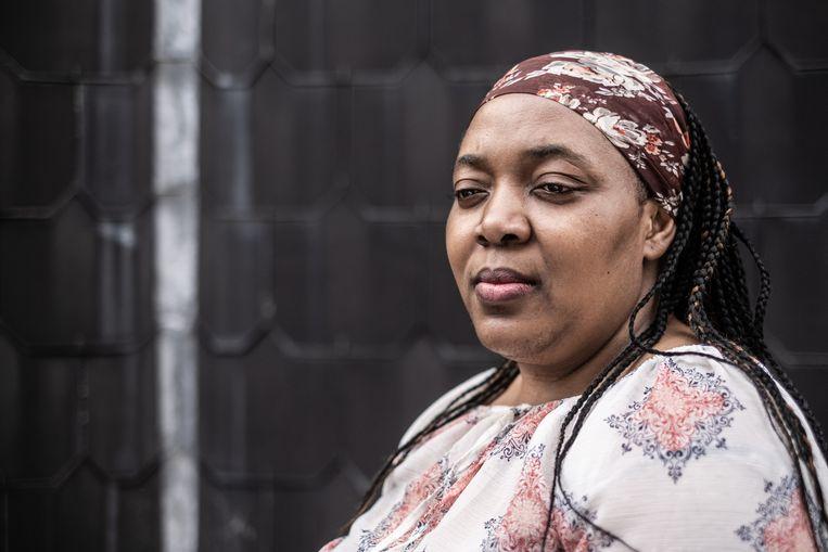 Ornella Akitshi On Olongo over haar zus Marie-Madeleine M'Pembe: 'Als verpleegster vergat ze vaak zichzelf.'  Beeld Bob Van Mol