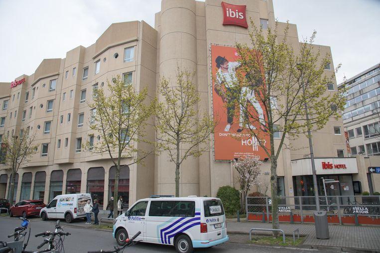 Het budgethotel waar het tragisch ongeval plaatsvond. Beeld Marc De Roeck