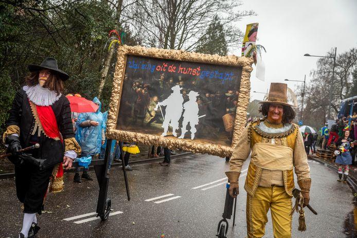 Geen Lucas Gassel maar figuren uit het werk van Rembrandt liepen mee in carnavalsoptocht van Helmond.
