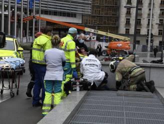 Brandweer redt arbeider die vastzit in schacht van metro
