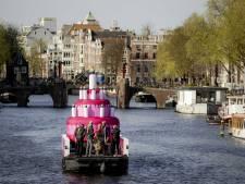 Gigantische bruidstaart bij viering 20 jaar huwelijksgelijkheid