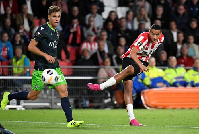 Mohamed Ihattaren blonk uit tegen Sporting.