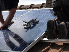 Alle 982 zonnepanelen op dak BCS Harderwijk verkocht