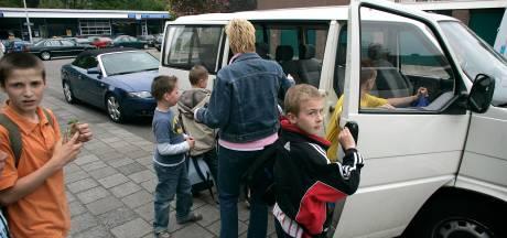 Gestel bezuinigt op leerlingenvervoer: vaker op de fiets naar school