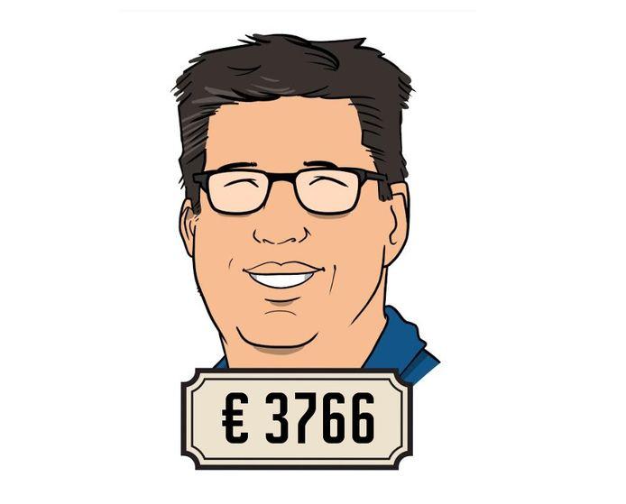 Marc (44) is hbo-docent. Hij verdient per jaar zo'n 15.000 euro bruto minder dan toen hij nog in het bedrijfsleven zat.