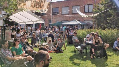 Kunstenplatform WARP opent zomerbar