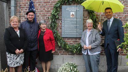 Gedenkplaat voor missionaris Karel Nerinckx