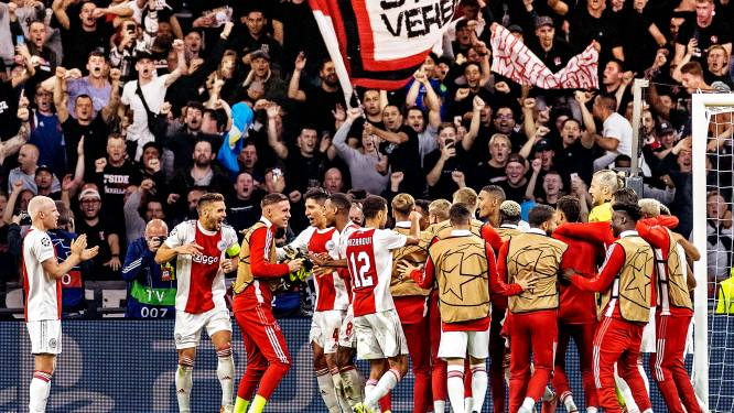 Hongerig Ajax barst van het vertrouwen en is door niemand bij te benen