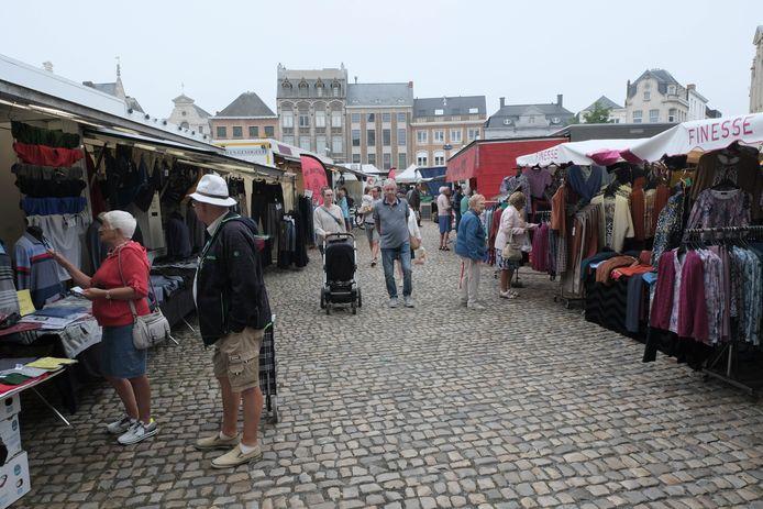 Een archiefbeeld van de Lierse zaterdagmarkt.