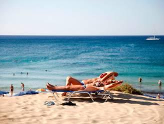 Cyprus opent deuren voor gevaccineerde Britse toeristen