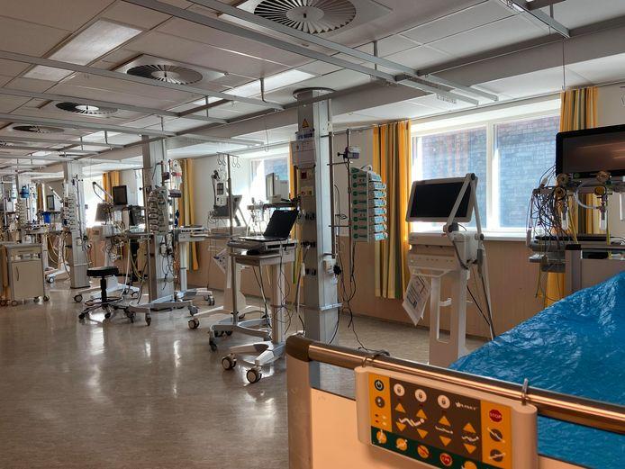 De tien ic-bedden in het calamiteitenhospitaal van het UMC Utrecht. Foto ter illustratie.
