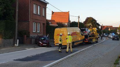 Zwaar verkeersongeval op Edingsesteenweg: vier mensen gewond naar ziekenhuis