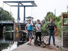 EOD maakt bom die tieners in Oude IJssel vonden onschadelijk: 'Magneetvissers weten niet wat ze doen'
