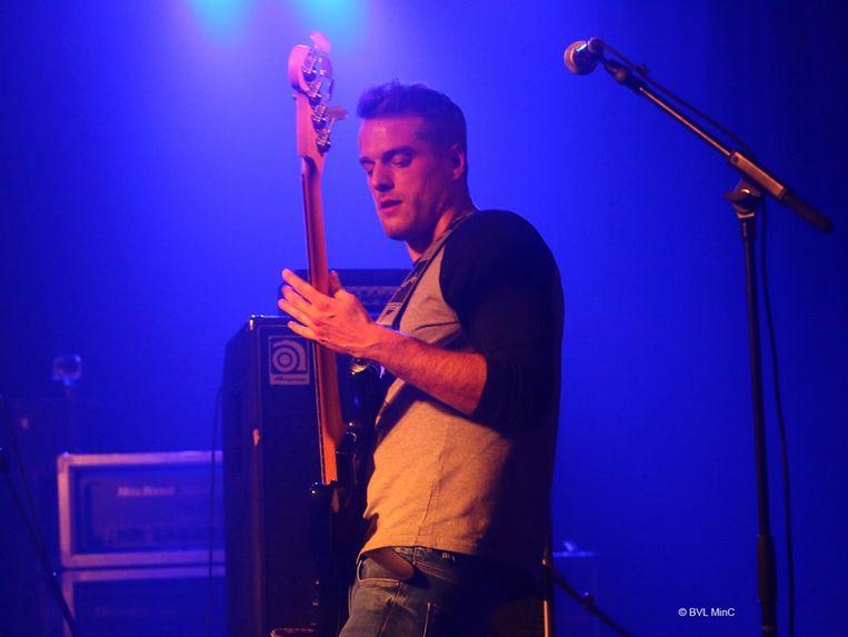 Herenthoutenaar en Bassist Yannik Cambré genoot van zijn optreden zaterdag
