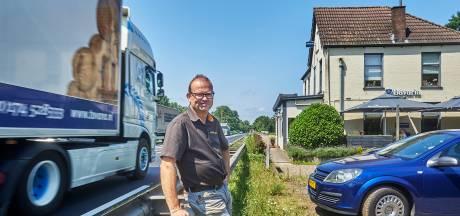 Baas denkt dat zijn eetcafé De Sluis bij Keldonk ten dode is opgeschreven als N279-plannen doorgaan