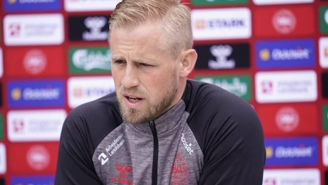 """Kasper Schmeichel, die Eriksen al in het ziekenhuis bezocht, is scherp voor UEFA: """"In een positie gebracht die ik niet eerlijk vind"""""""
