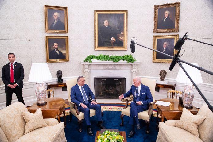 VS-president Joe Biden ontmoette vandaag Iraaks premier Mustafa Al-Kadhimi in het Oval Office in het Witte Huis.