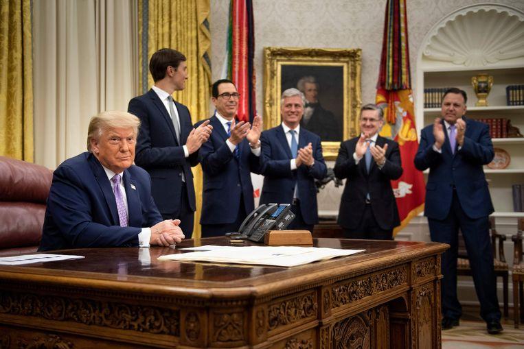 De Amerikaanse president Trump maakte donderdag de deal tussen Israël en de Verenigde Arabische Emiraten bekend. Beeld AFP