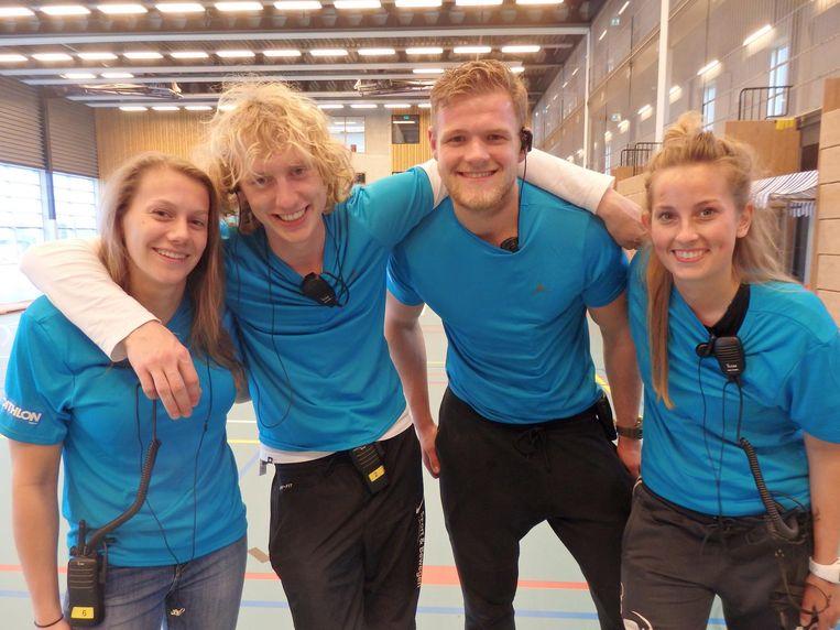 Babs de Vos, Stan Willemsen, Daan van Gurp en Kirsten Smeink organiseerden de Crossfit Games als opdracht voor school, inclusief hoofdsponsor. Beeld Hans van der Beek