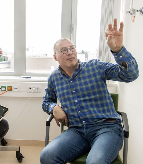 Elektroden in het hoofd, stimulator in de buik en power on: gaat het Twentse parkinsonpatiënt Bart helpen?